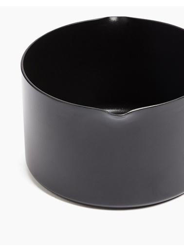 Marks & Spencer 16 cm Alüminyum Yapışmaz Tencere Siyah